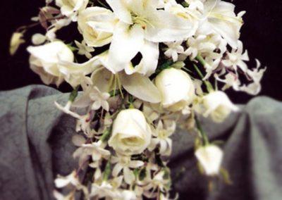 fallingflowerbouquet